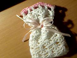saquinho em crochet