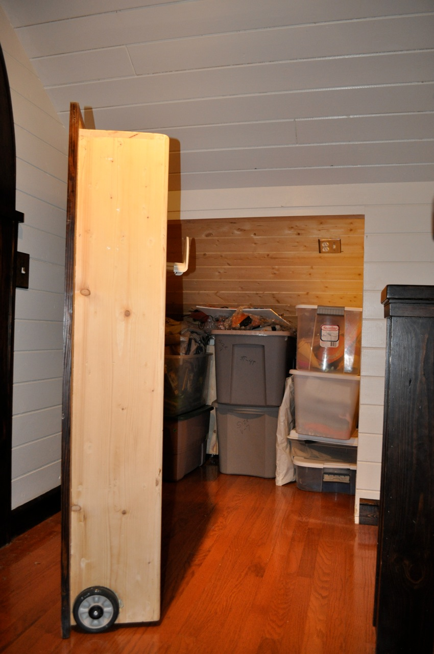 attic room divider ideas - Remodelaholic