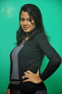 Iyakunar-Movie-Actress-Asmitha-Stills