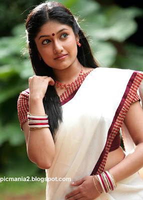 Akhila Sasidharan hot sexy image gallery