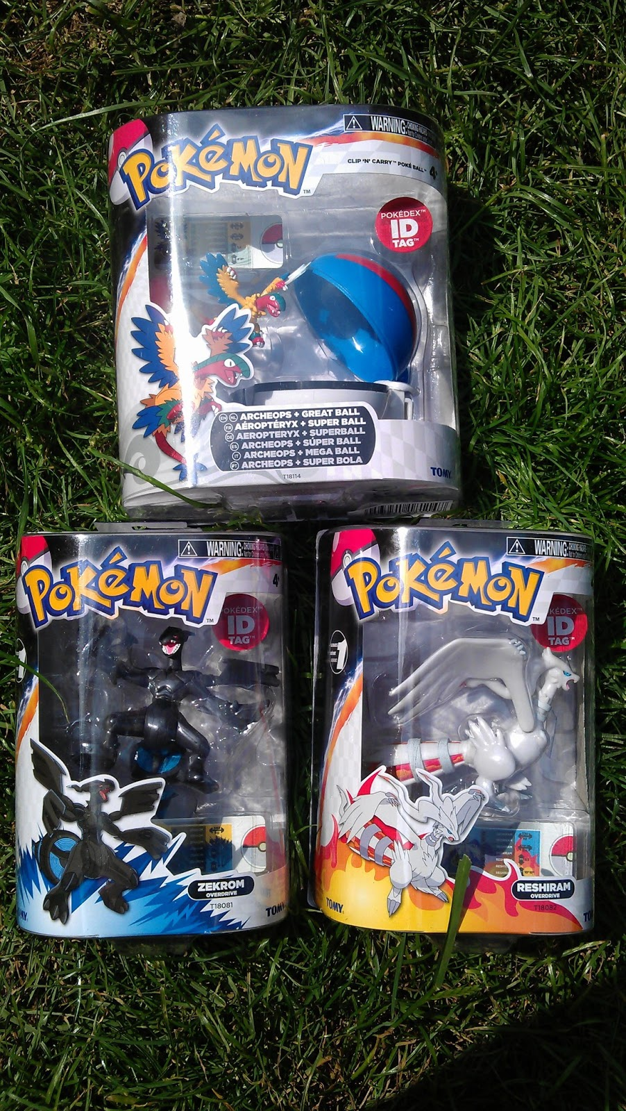 Toys For Trainers : Pokemon trainer kit toys my three and me