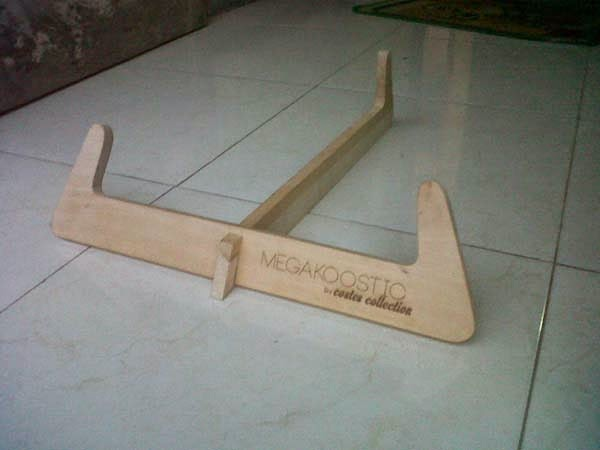 speaker iphone 5 dengan stand kayu