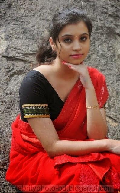 Actress%2BPriyanka%2BNair%2BRed%2BSaree%2BStills%2BSpicy%2BHot%2BPhotos010