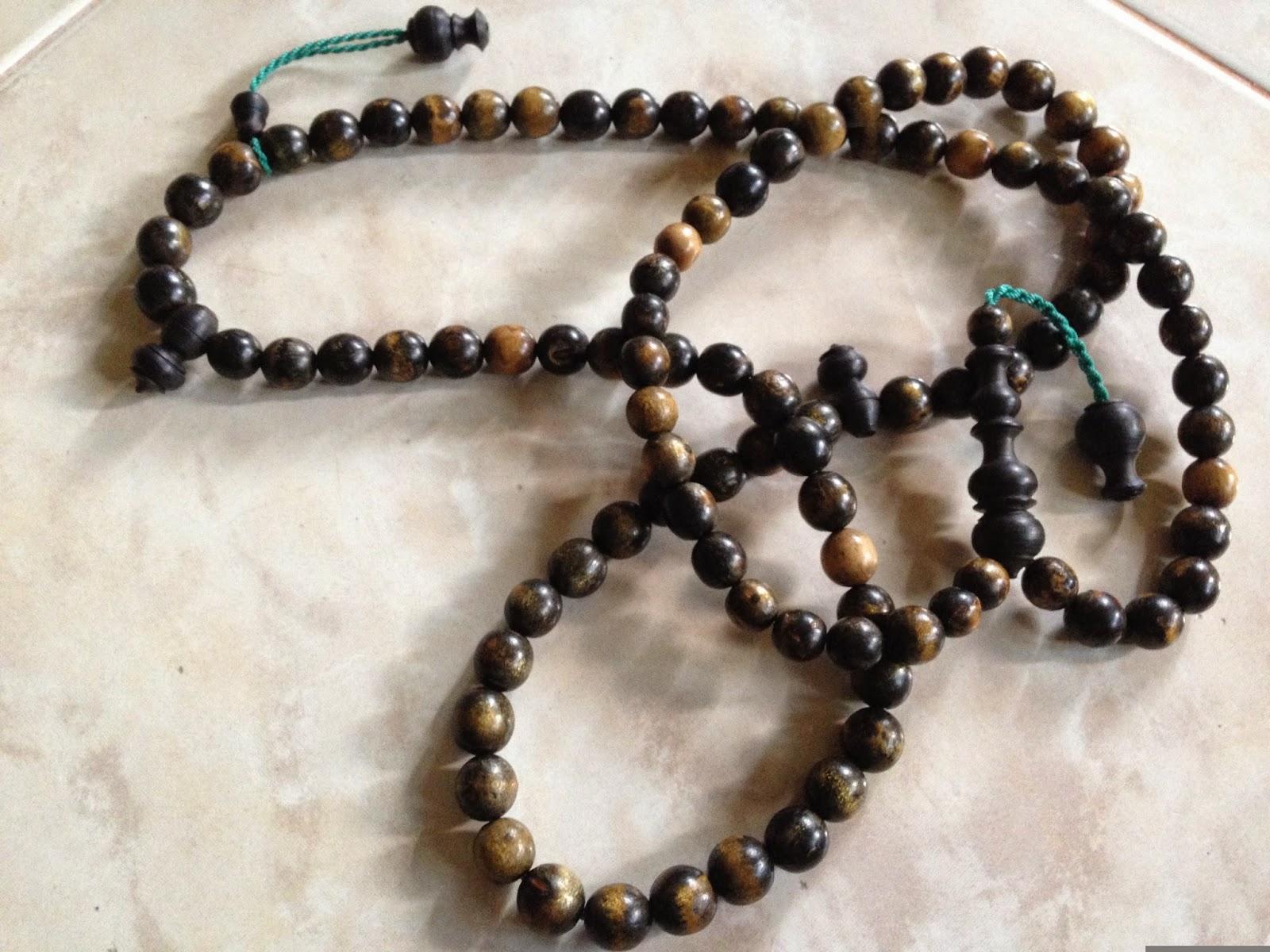 http://tasbihteras.blogspot.com/2014/08/cm001-tasbih-campur-ular-cinta-mani.html