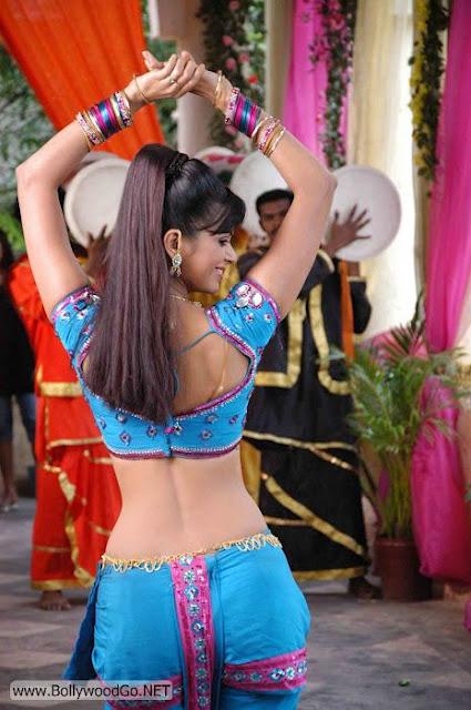 Meenakshi+blouse+-+BollywoodGo+(1)