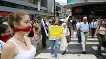 Acciones contra medios atropellan a la libertad de prensa