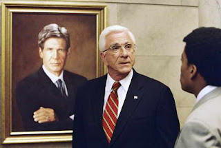 Leslie Nielsen in Scary Movie 3