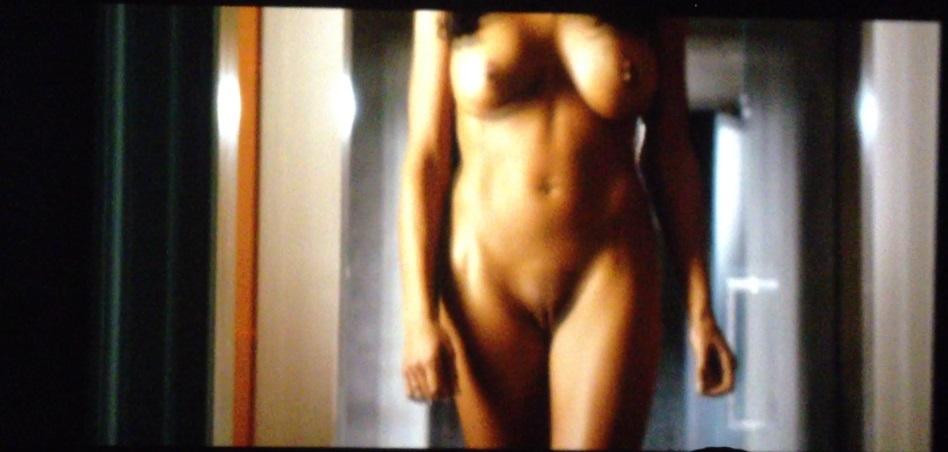 Rosario dawson escenas de desnudos
