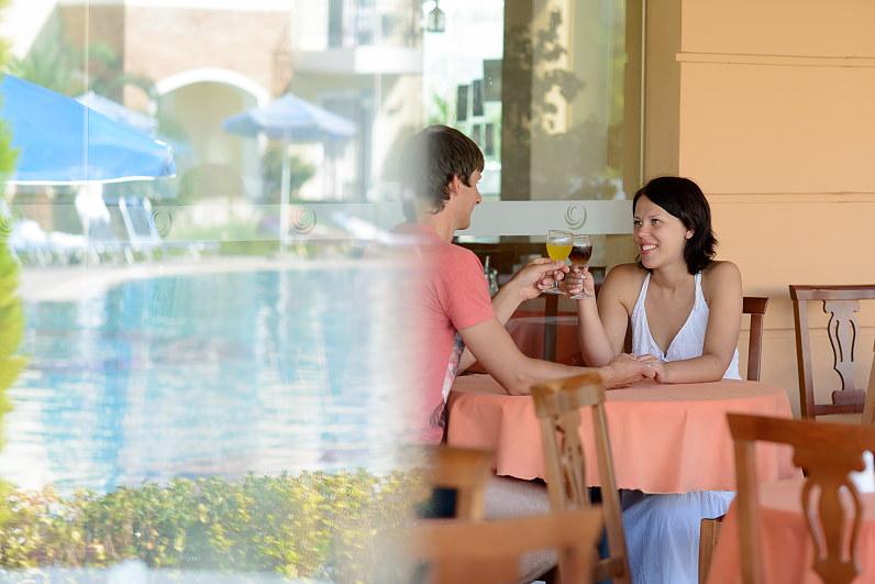 Medaus mėnuo viešbutyje Chrispy Deluxe Wing, Graikijoje