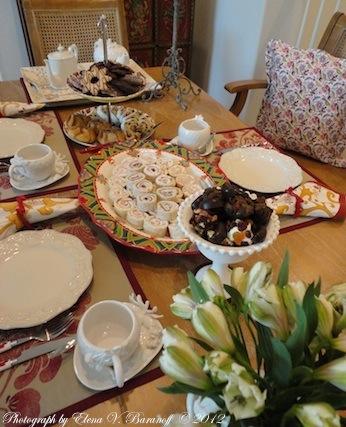 Elena V. Baranoff © 2012 - Afternoon Holiday Tea In The Fine Art Studio - Elena Baranoff - Afternoon Tea for Fine Art Collectors - Art Collectors - Artist Elena V. Baranoff - Master Elena Baranoff - Art Collectors