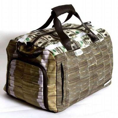 Bolsa llena de dinero