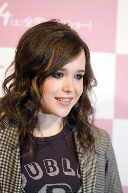 Ellen Page Hot Photo