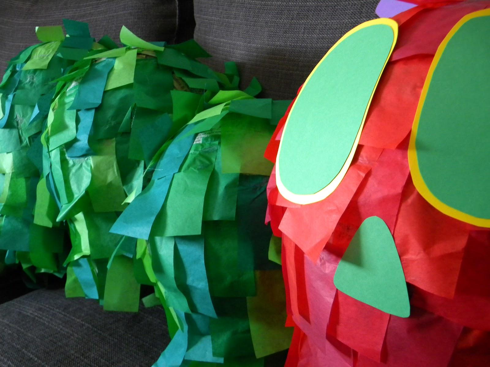 Papier Mache avec the pretty kitty studio : the very hungry caterpillar papier mache