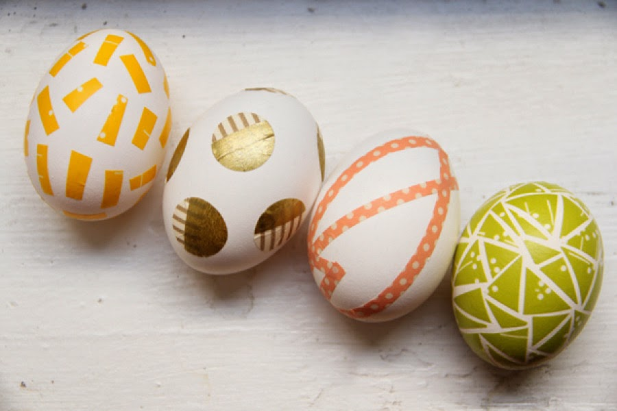 http://lovelyindeed.com/diy-washi-tape-easter-eggs/