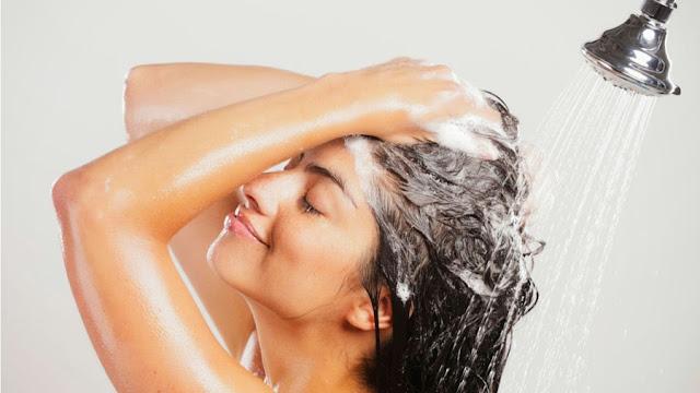 Produtos, cabelos, raiz oleosa, pontas secas