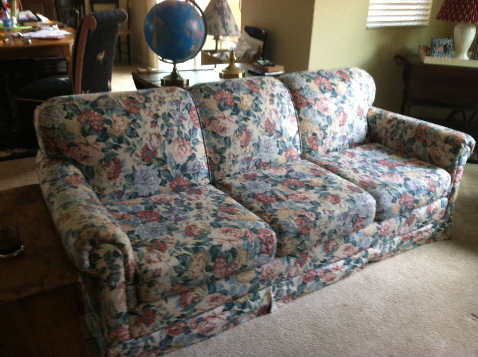 Goosegirl sews: The New Slipcover For the Old Ugly Sofa- Part 1
