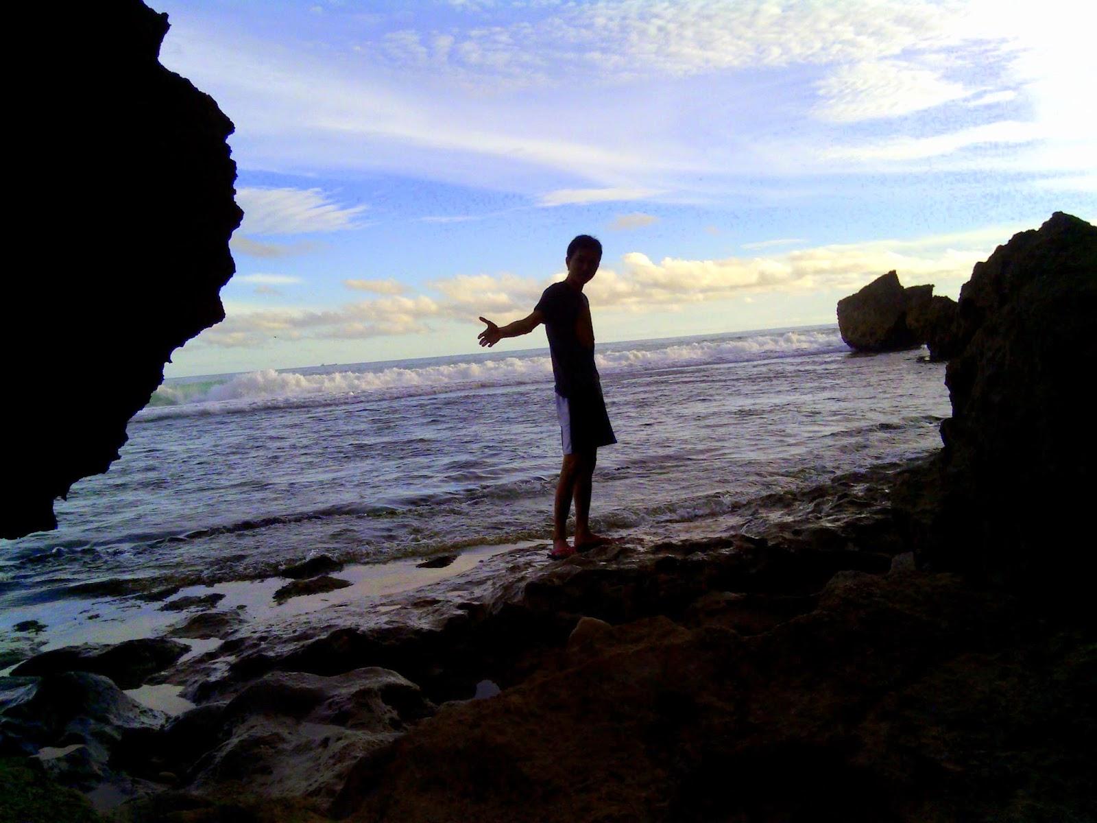 Pantai ngobaran wonosari gunung kidul jogja 4