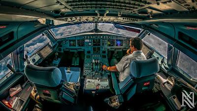 cabina de un avión airbus a320