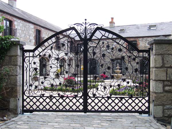 home interior designs design of the gate at the mansion