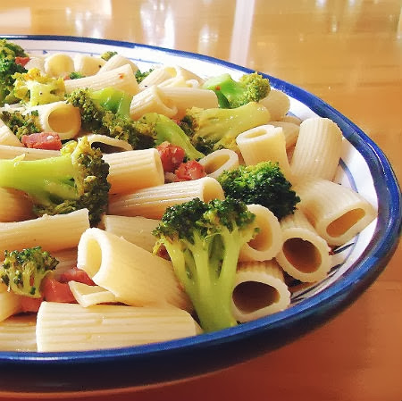 One Perfect Bite: Rigatoni with Broccoli and Sausage
