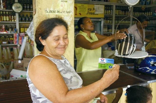 Gobierno suspenden tarjeta Solidaridad a casi mil jefes hogares