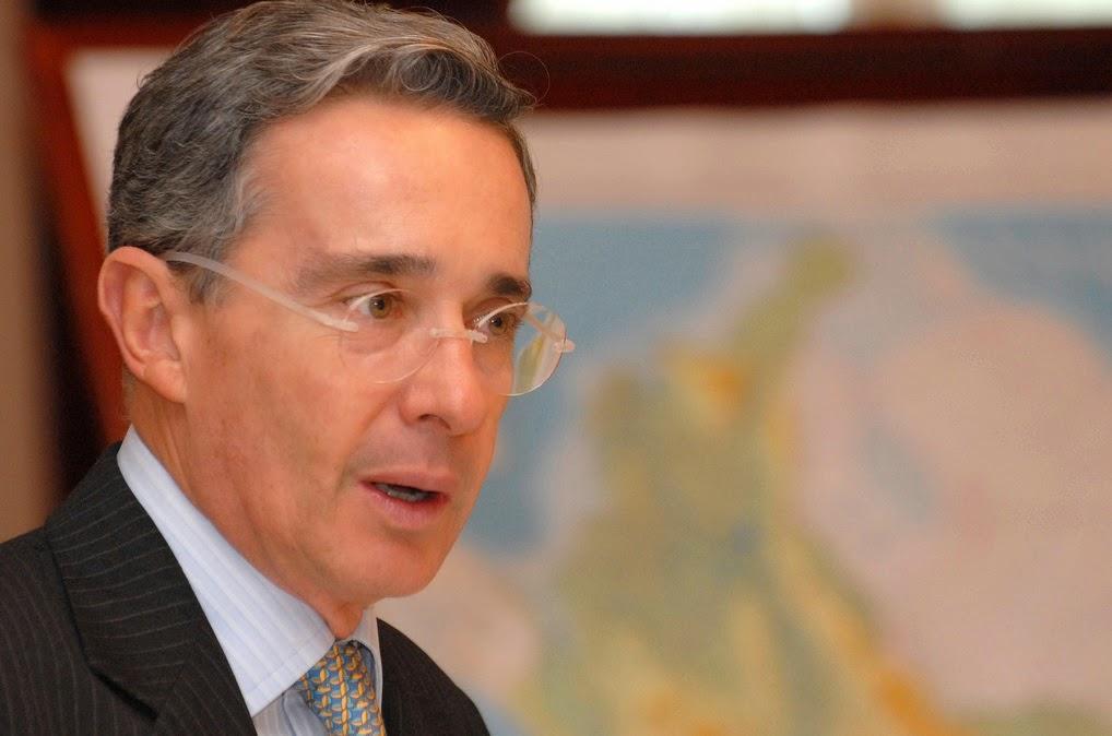 Álvaro Uribe Vélez sobre la Salud