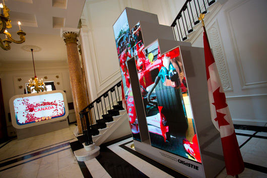 Digital signage in canada july 2012 for Tech house london