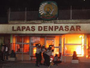 Video Kerusuhan di LP Kerobokan Bali