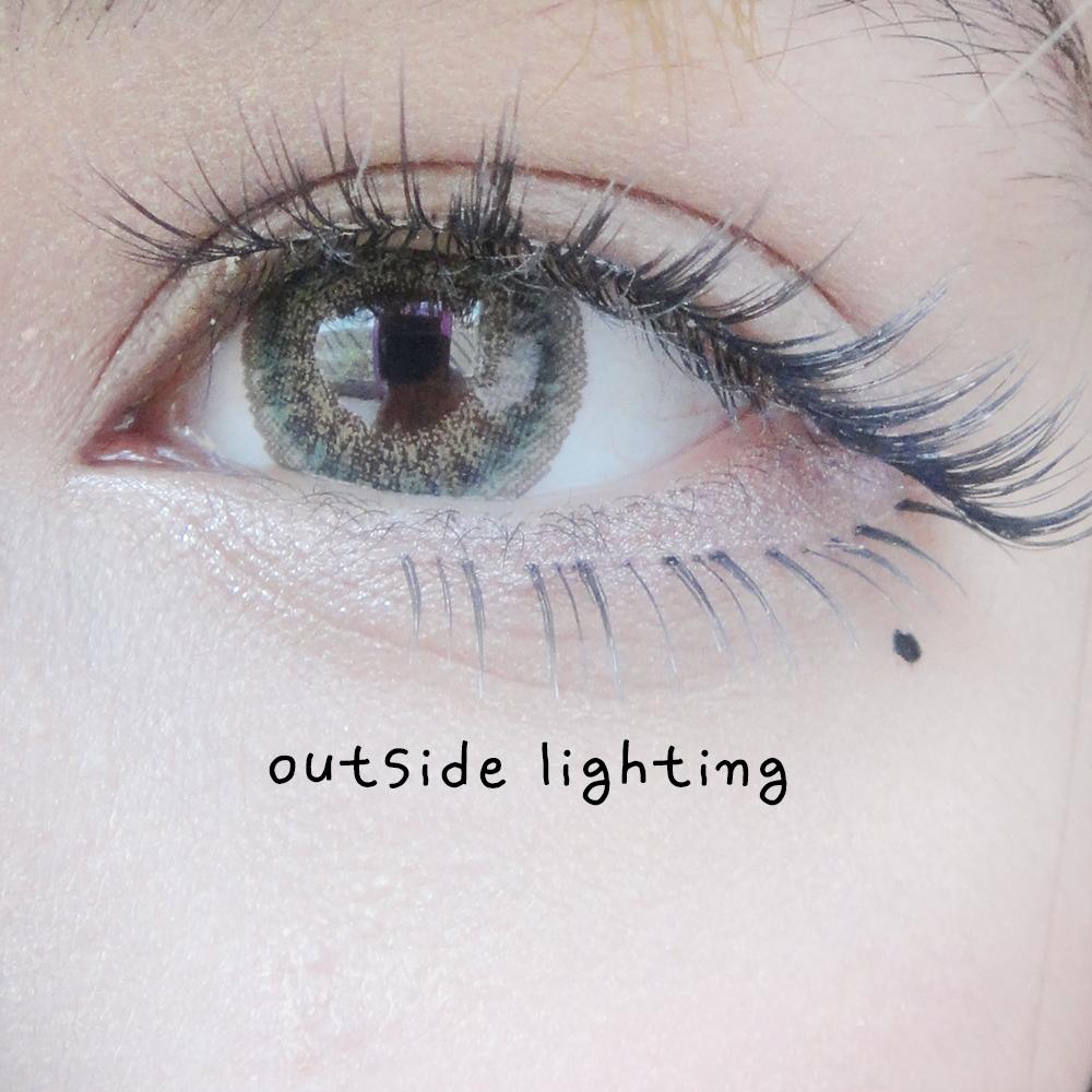 Naturally Sassy Eyes with Dolly Eye Gothic 3 Tones Green
