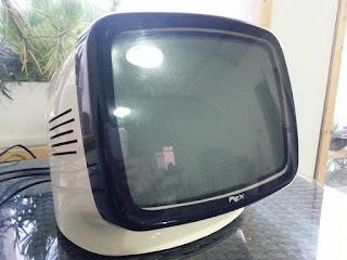 TELEVISIORE TV REX L9 ANNI 70 VINTAGE MODERNARIATO ERA BRIONVEGA