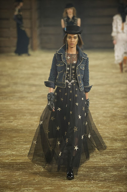 Karl Lagerfeld Invades Dallas Texas For Chanel S Metiers