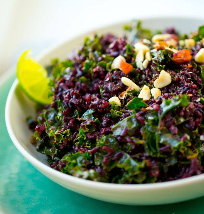 Easy Peanut-Kale Black Rice Bowl