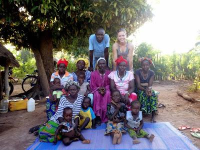 Nalli Samba and baby Jii, Nalli and little Hawa, Baaba Jii, Diebou & baby Homa & Tidiane, Neene Koumba & Houssae & Issatou, Aminata, Tidiane and me.