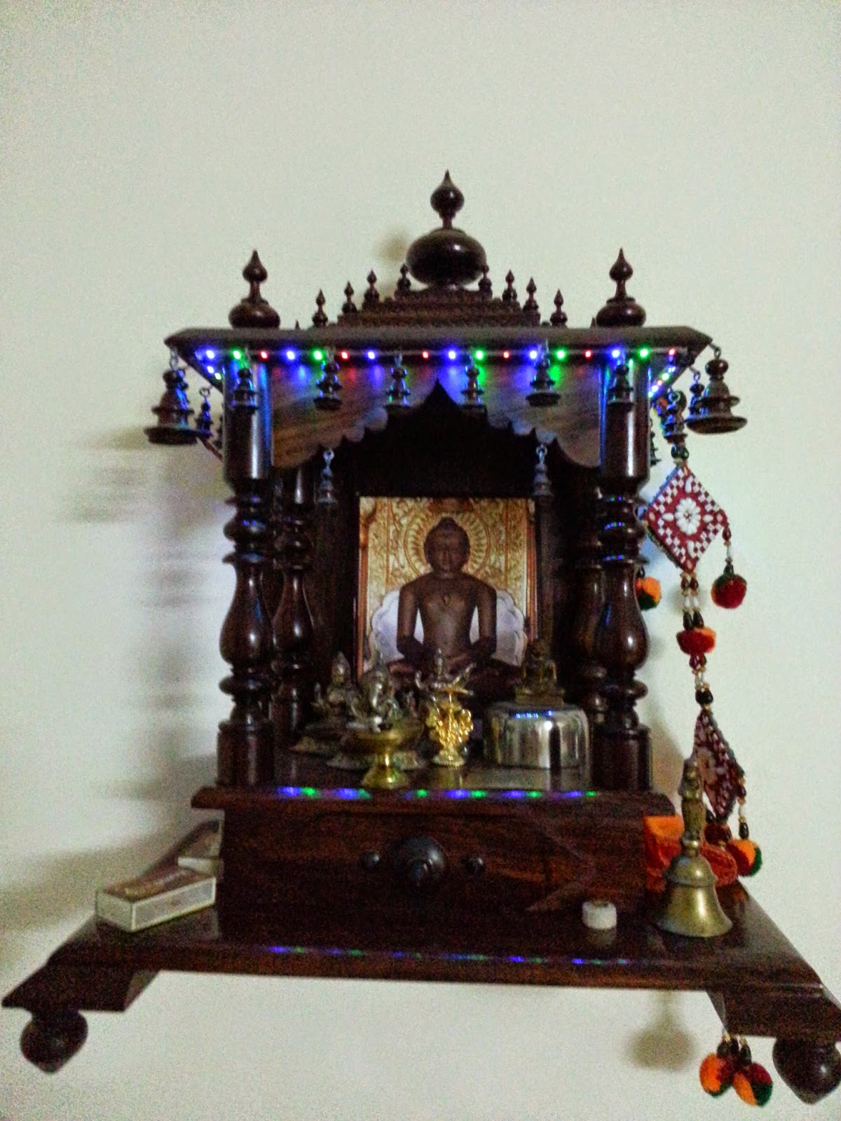 decorate your home mandir with flickering led strip using ic555