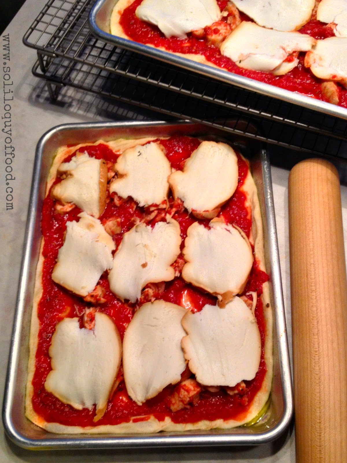 Chicken Parm Pizza With Skoked Mozzarella - www.soliloquyoffood.com