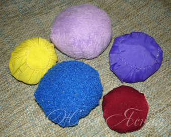 Мячики из ткани своими руками