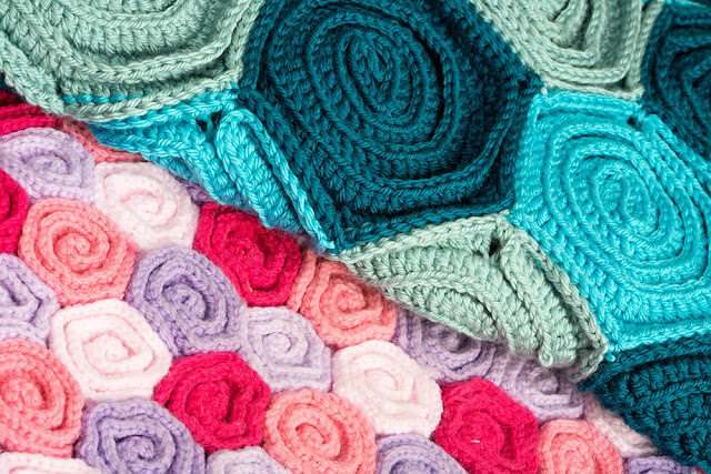 Free Crochet Pattern Rose Field : Crocheterie