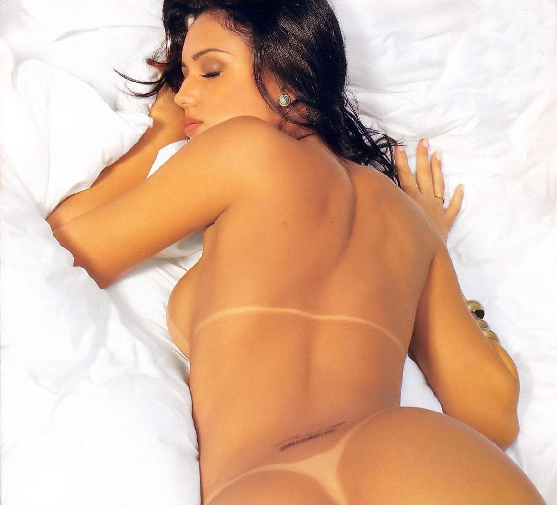 Hoje é ex-atriz pornográfica, mas fez diversos filmes para Brasileirinhas..