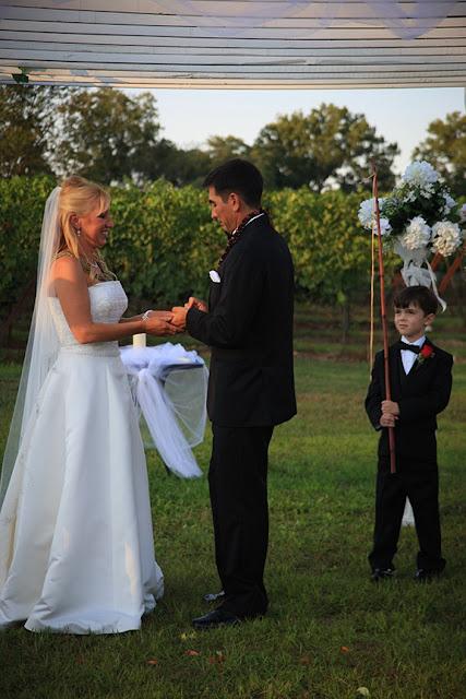 Wedding Ceremony Doukenie Vineyard| Whysall Photography