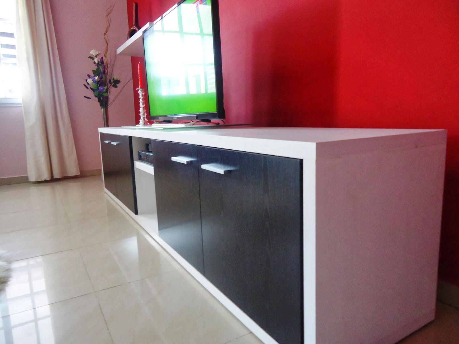ML CARPINTEROS Muebles giratorios para TV de plasma  - imagenes de muebles para lcd