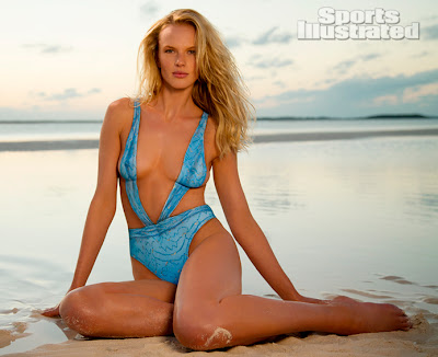 STORIES WALL LIFESTYLE - Sports Illustrated Ann V Model