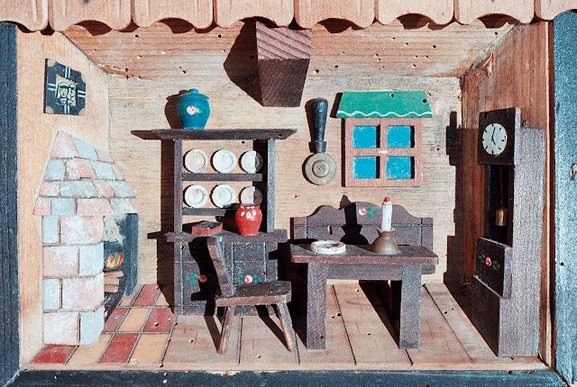 RELIEF HOUSE, DEAL, KENT, 2013 © VAC, MODEL HOUSE, MUSIC BOX