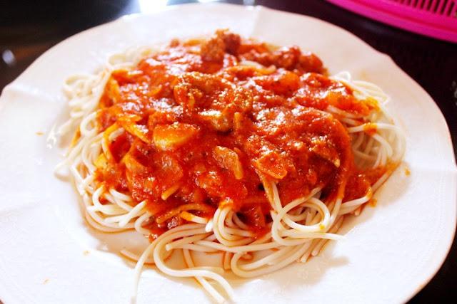 Kalami Cebu Recipes, Spaghetti with Hungarian Sausage, Simple recipes, pasta, Cooking with Carlo Olano