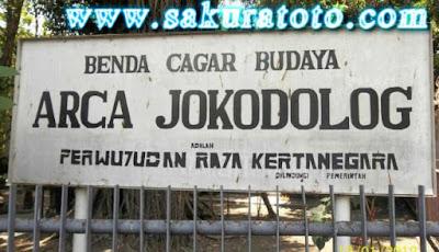 Sakuratotomisteri.blogspot.com - Misteri Minum Darah Dan Berhubungan Intim Raja Kertanegara