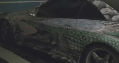 Crocodile Art on Mercedes SL in Monaco