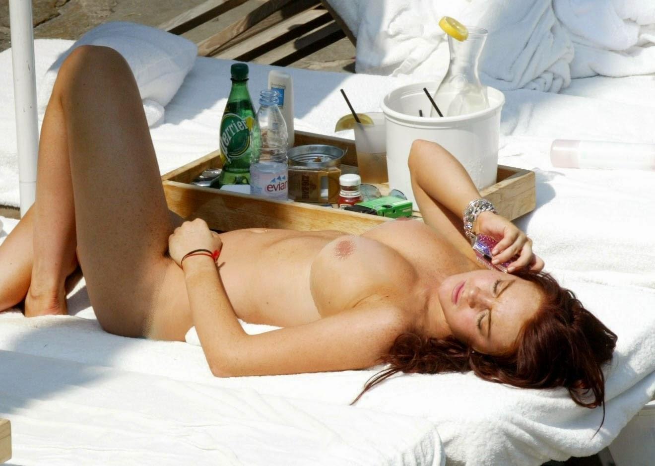 Nackt Bilder : Lindsay Lohan Sexy Nude Photos   nackter arsch.com