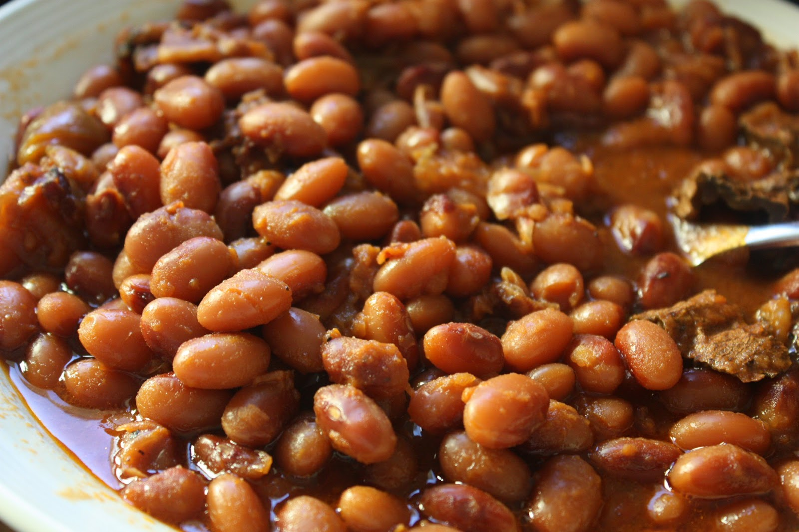Maple chipotle baked beans