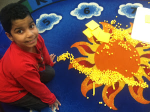 Emanuel is very creative! He made a dinosaur out of cubes!