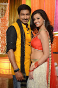 Hamsha Nandini Item Song in Loukyam-thumbnail-10