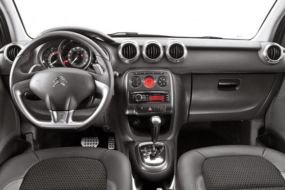 Citroen C3 2014 interior painel consumo